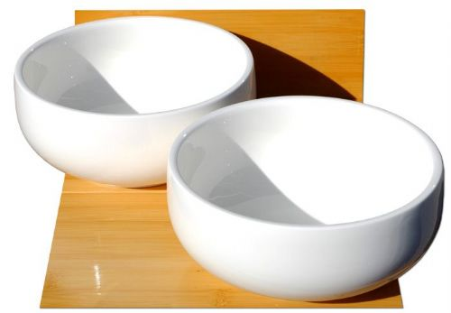 Deep white ceramic soup and noodle bowls L18cm x W18cm x H8cm for 2